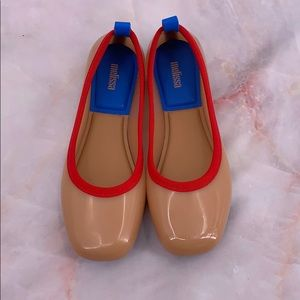 Melissa tan red blue flats size 8 camel